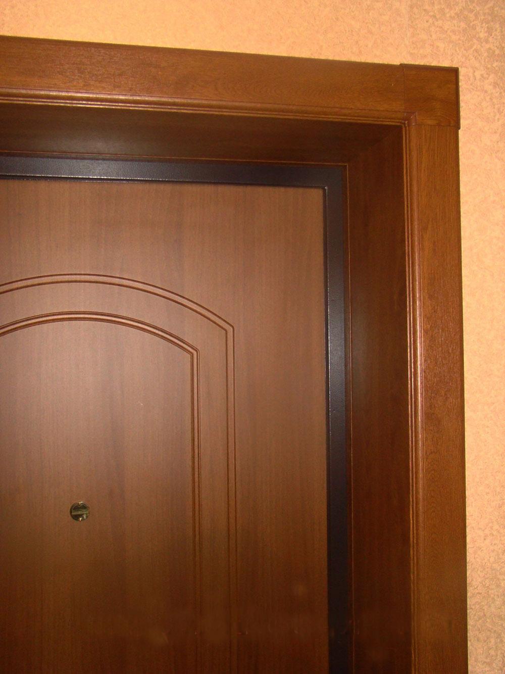 Отделка дверного проема после установки железной двери 12