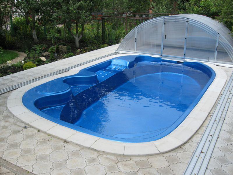 Строительство бассейна на дачном участке