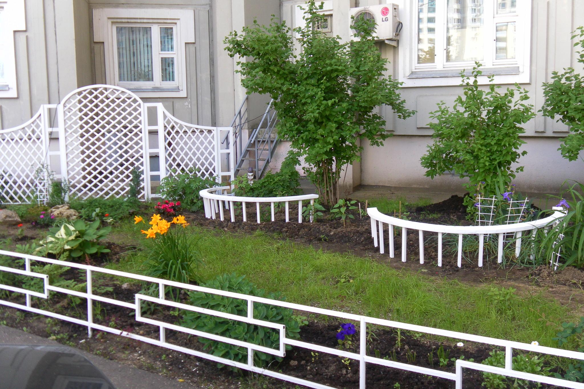 Декоративная оградка для клумб своими руками