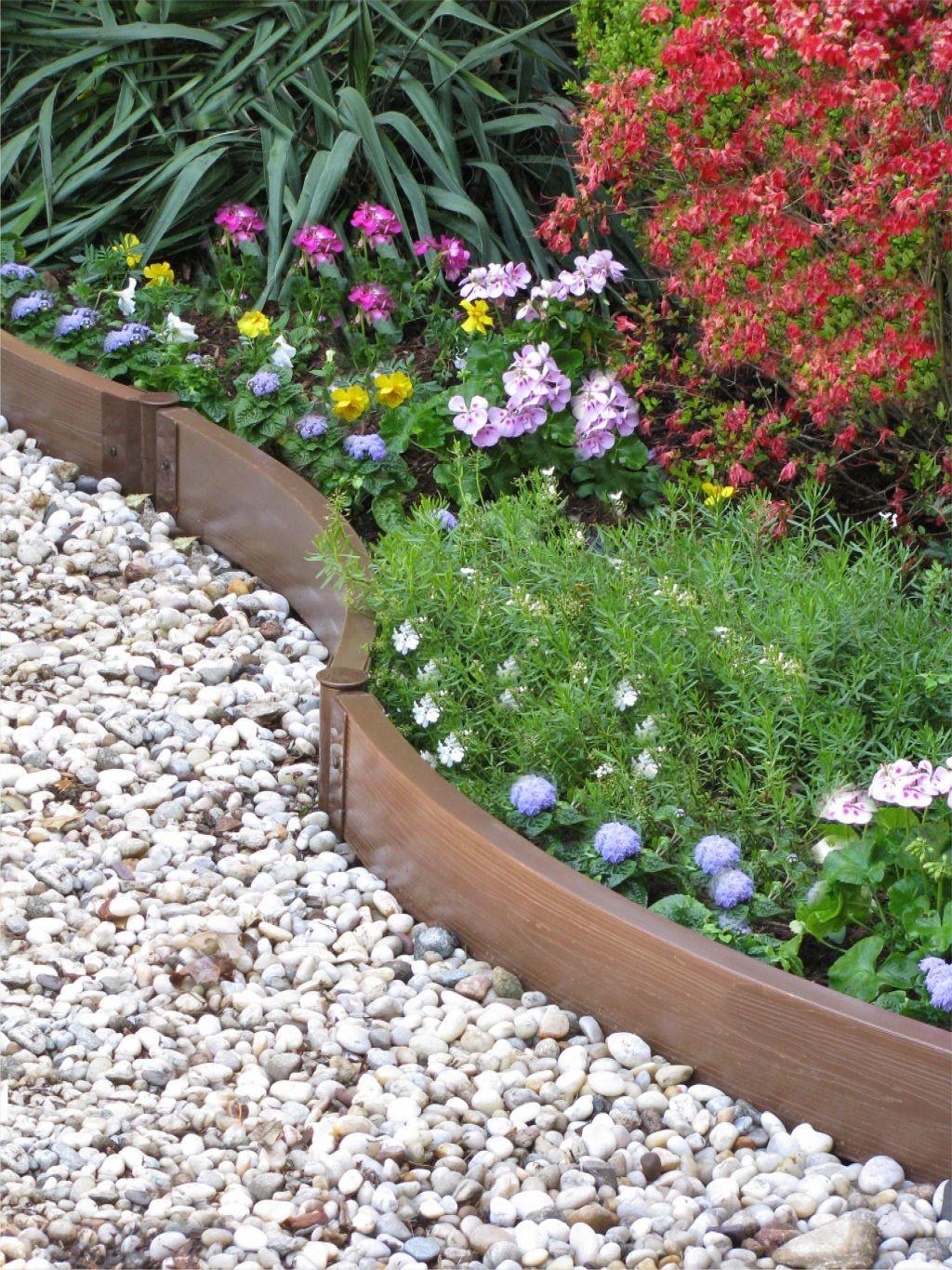 Ограждение садовых дорожек