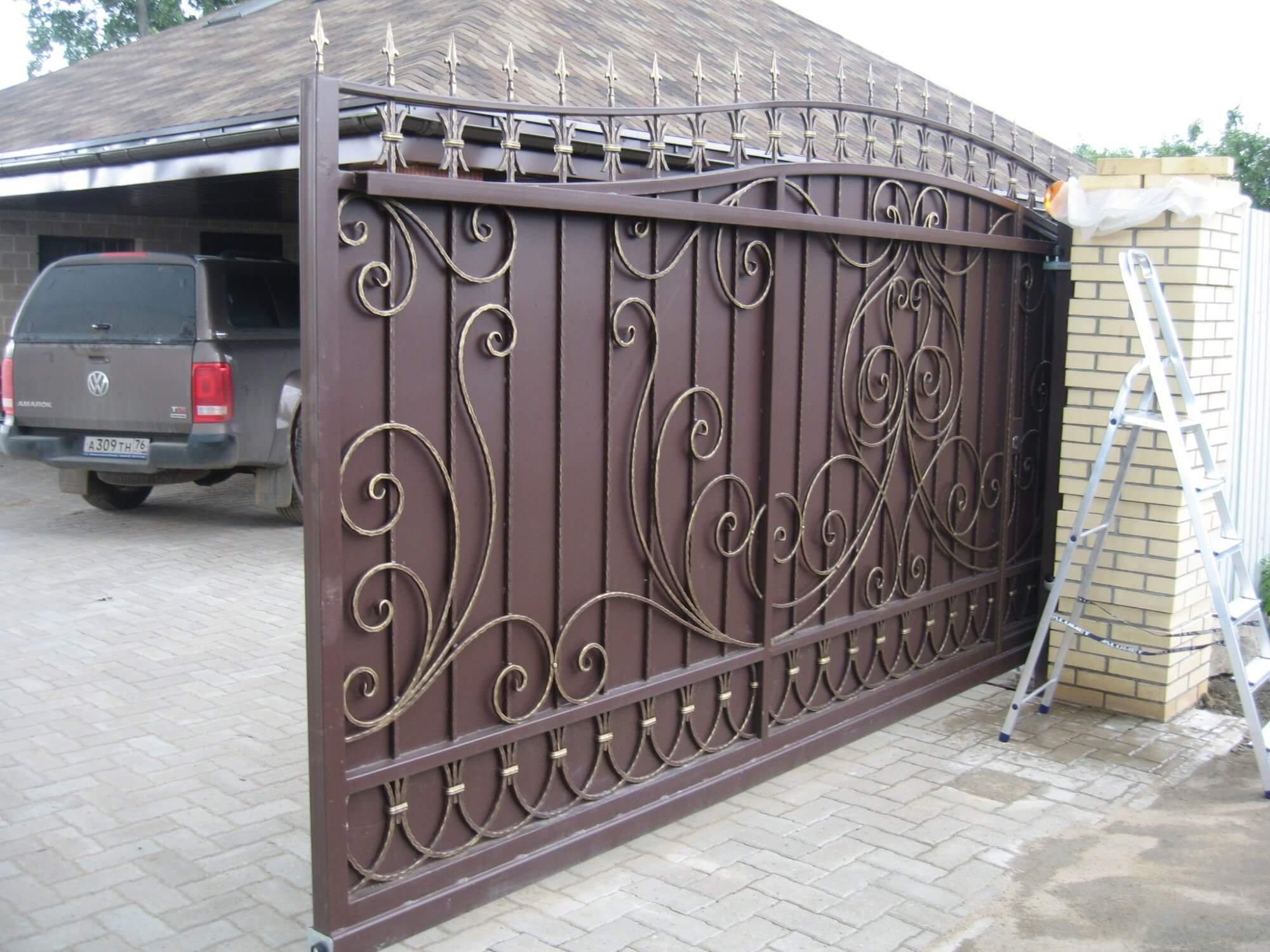 Ворота кованые откатные своими руками
