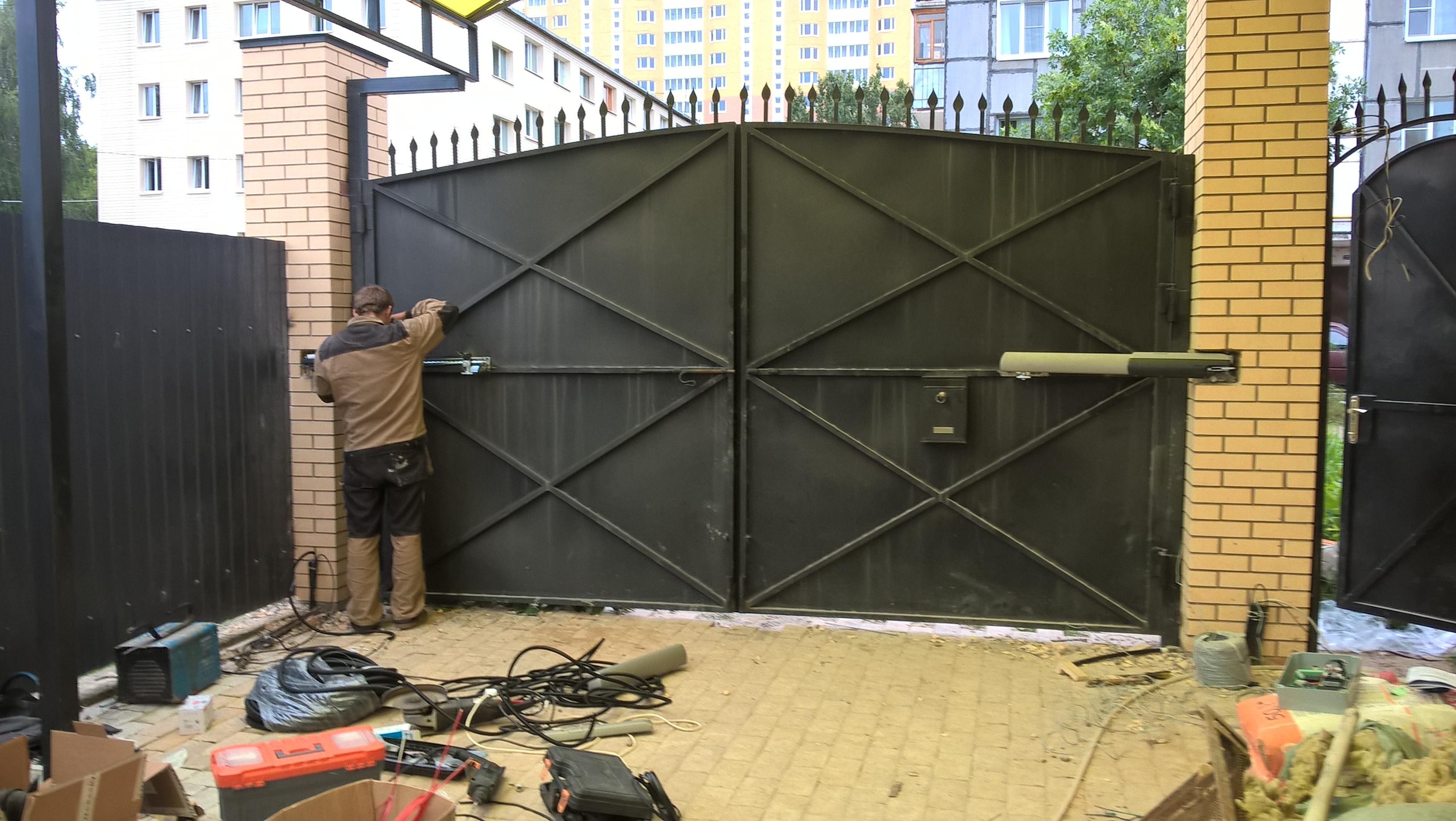Как распашные ворота сделать автоматическими 642