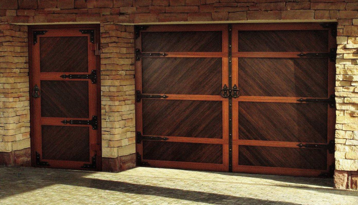 Фото гаражные ворота из дерева своими руками