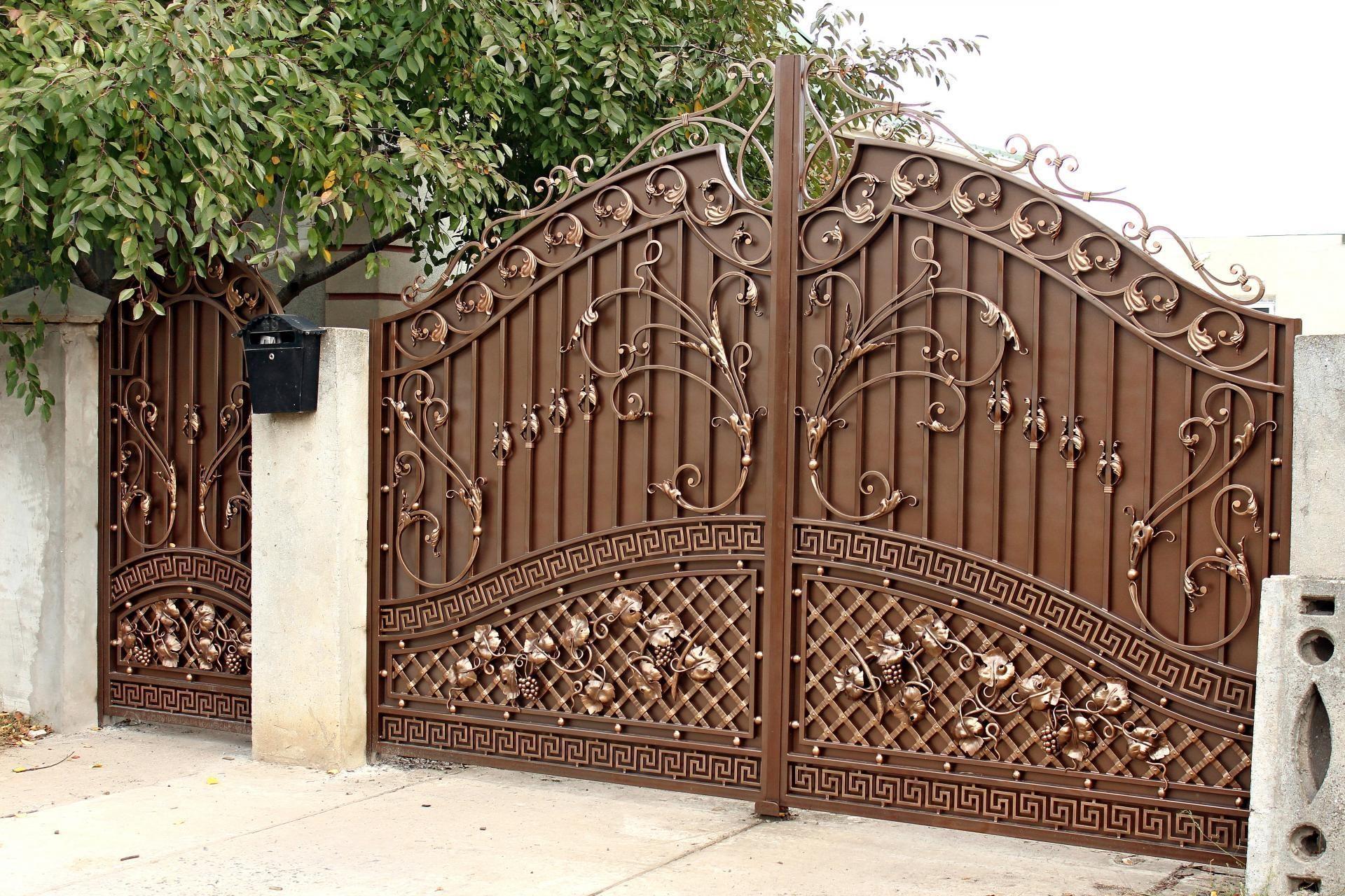 Откатные ворота с узорами фото