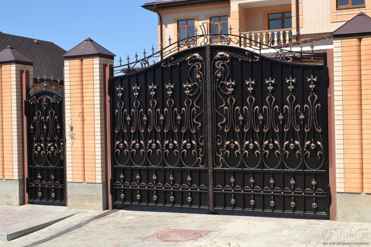 Ворота с калиткой для постройки, какой же вариант лучше всего.