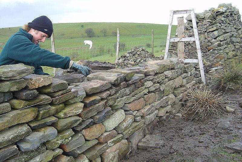Ограда из камня памятник засекину в самаре фото