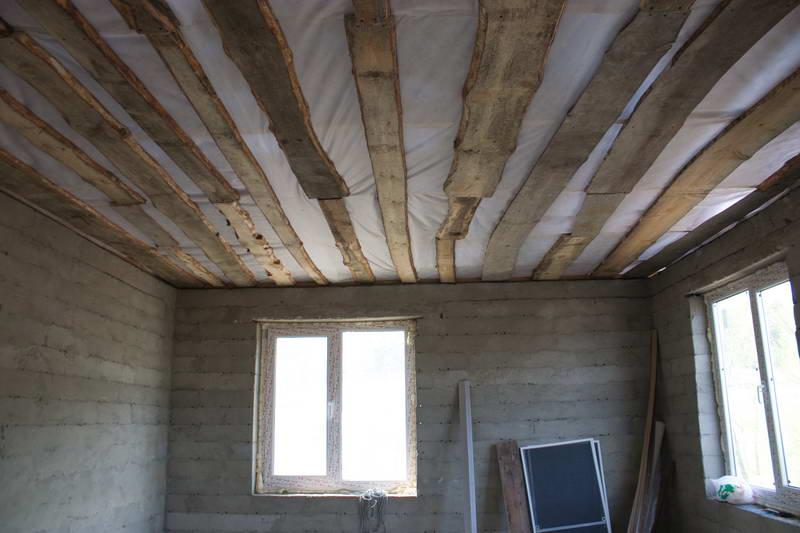 Как сделать потолок в доме теплее 120