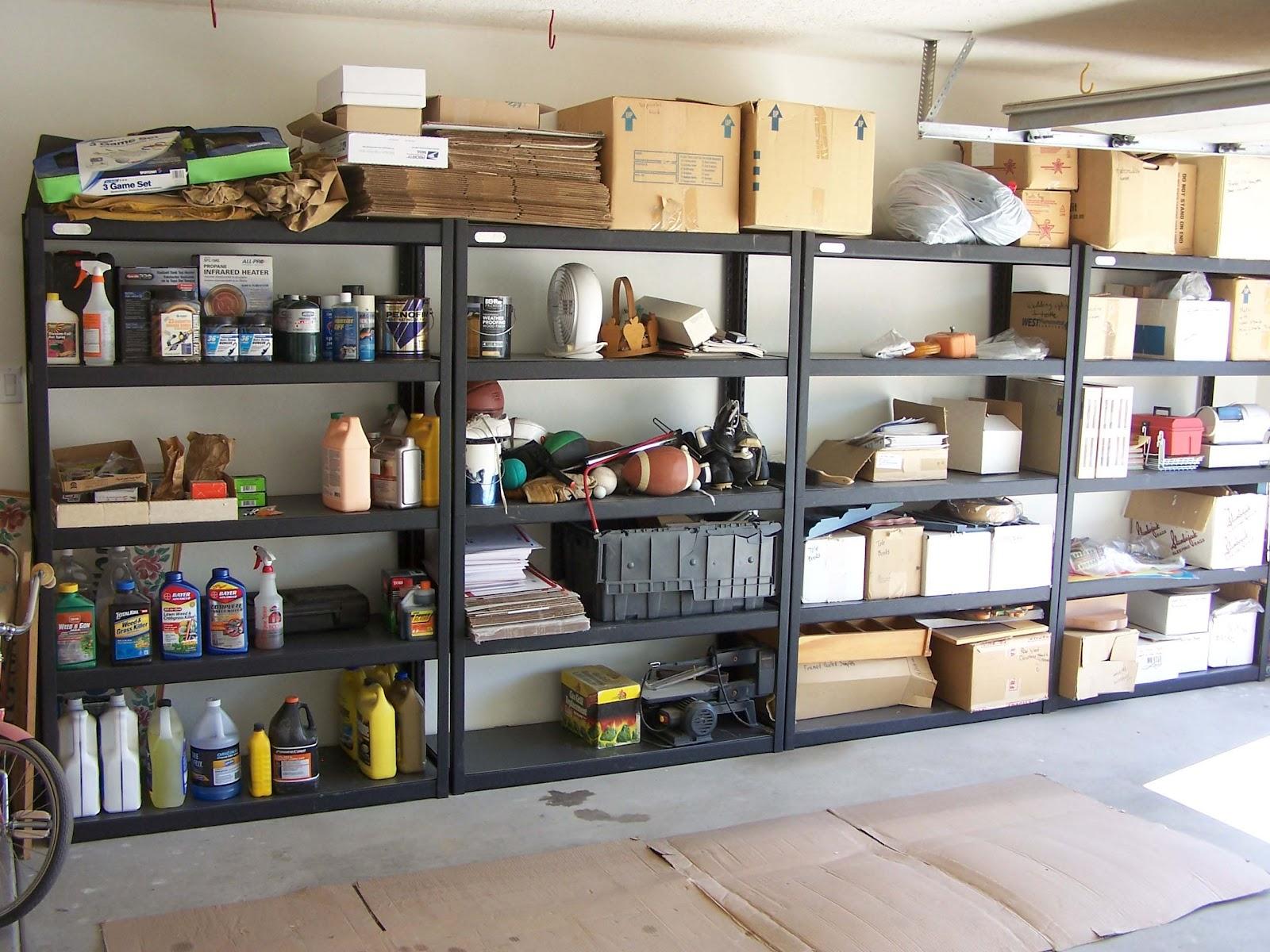 Обустройство гаража: системы хранения, мебель 44