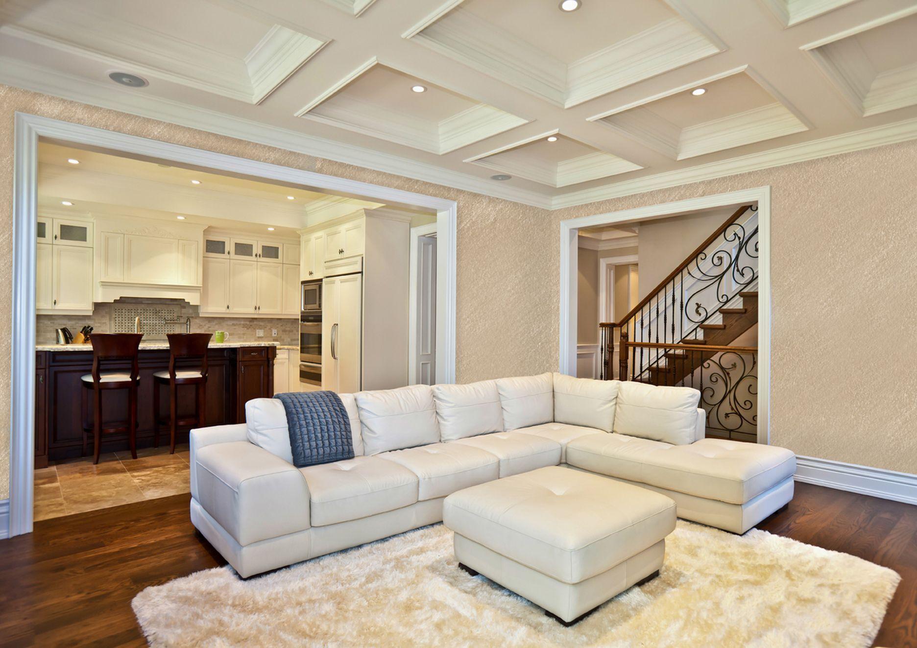 потолок из гипсокартона в частном доме