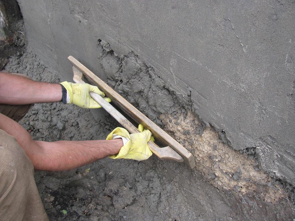 как правильно штукатурить цементом