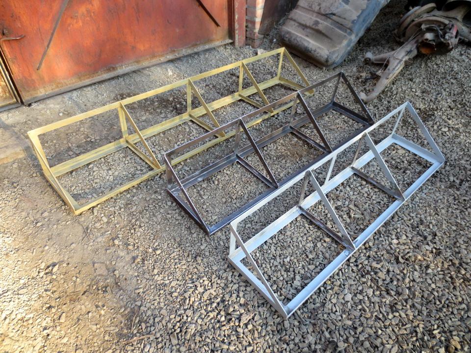 Полка навесная в гараж своими руками из металла 23