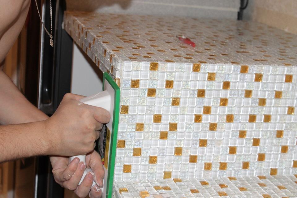 Столешницу своими руками из мозаики 68