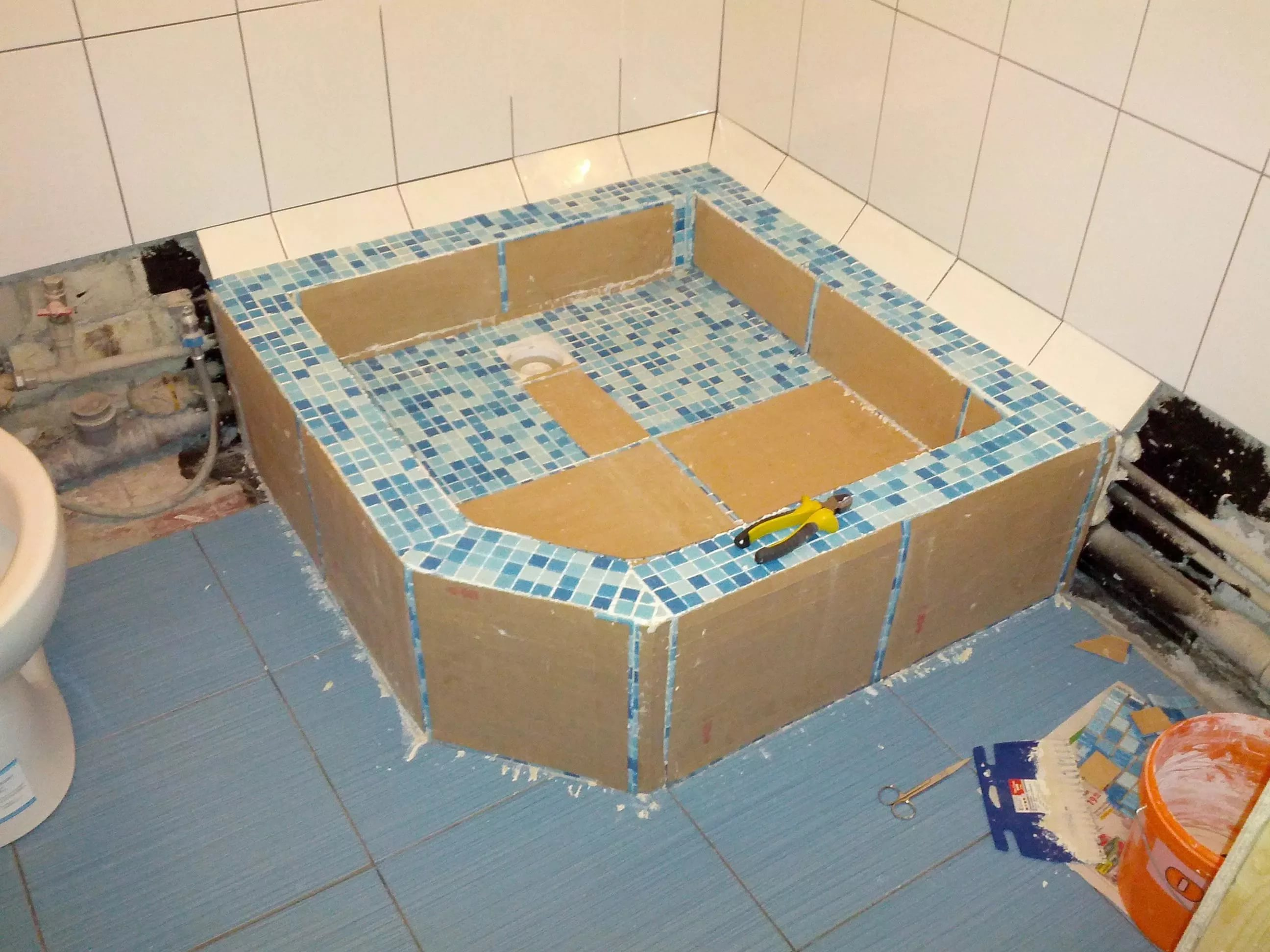 Как установить душевую кабину в деревянном доме 77