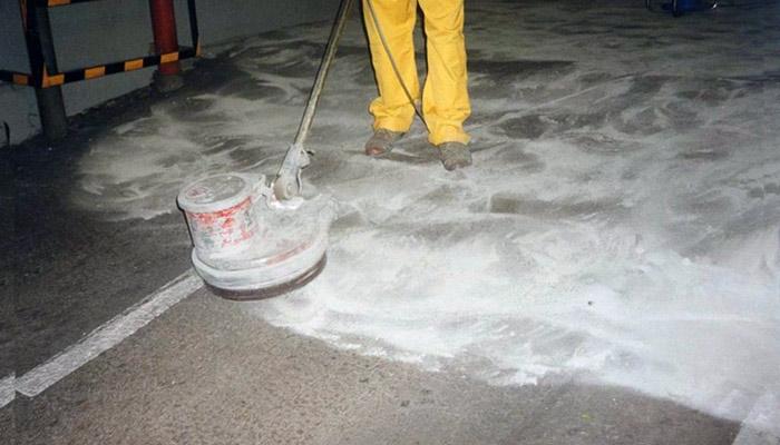 Молочко на бетоне гипс на бетон
