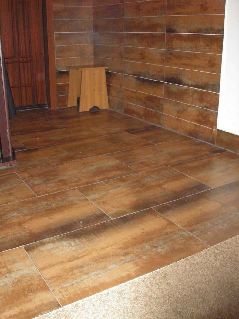 Пол из керамической плитки в бане