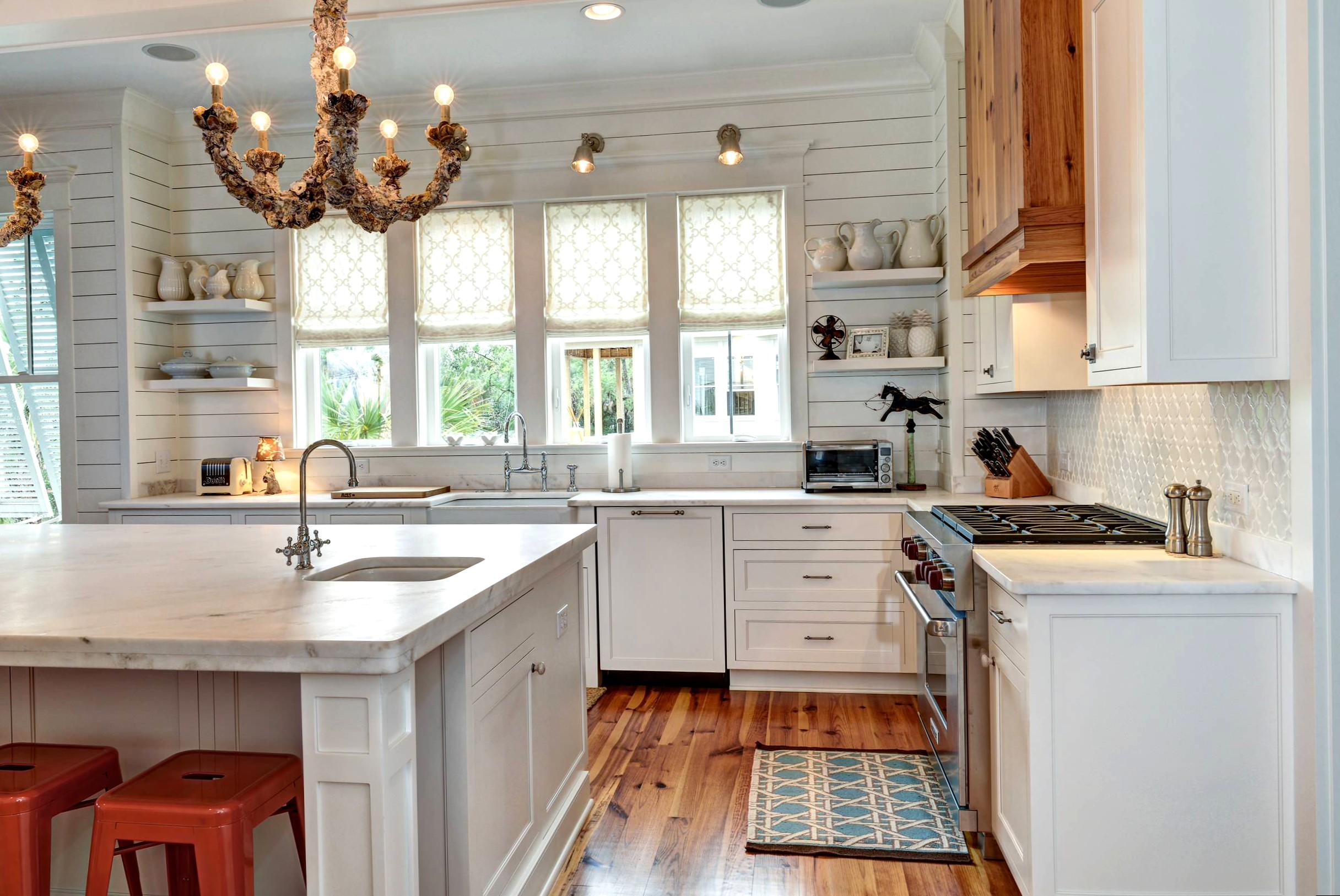 Как отделать кухню в частном доме своими руками фото