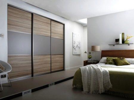 Schiebetürenschränke Können In Einem Kleinen Schlafzimmer Platziert Werden,  So Dass Sie Besetzen Einen ...