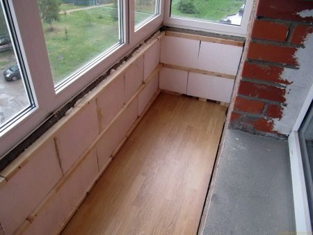 Утепление балкона изнутри своими руками