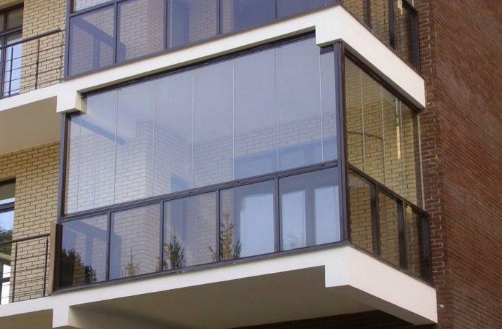 Остекление балкона своими руками: пошаговая инструкция, как .