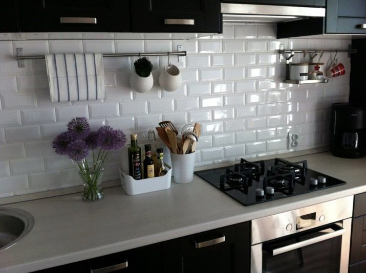 кабанчик на кухне плитка фото