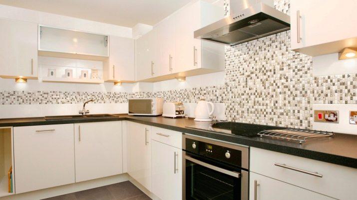 Дизайн фартука на кухню из плитки фото 85