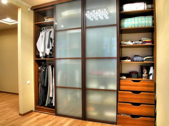 Встроенные гардеробные шкафы купе для прихожих фото