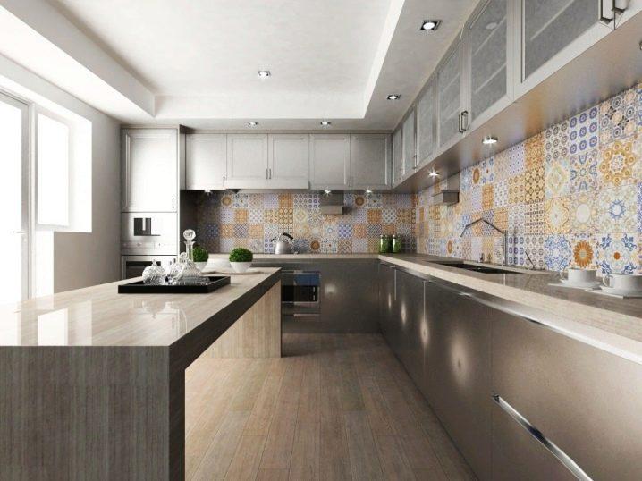 Выбор фартука на стену кухни