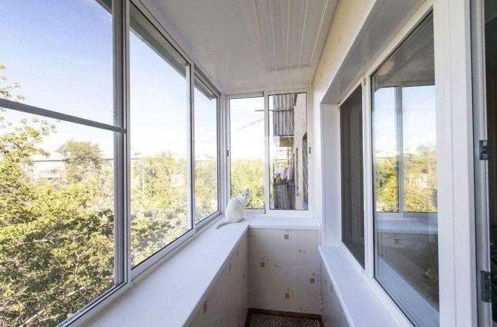 Остекление лоджий и балконов - по доступной цене в москве и .