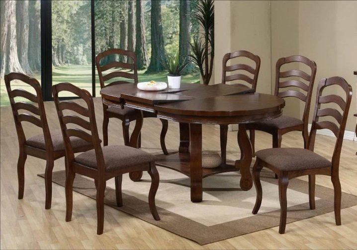 Большие кухонные столы и их назначение