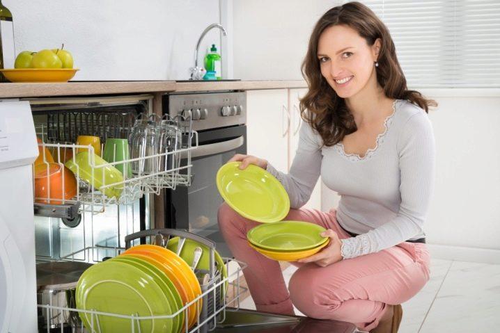К чему снится мытье посуды во сне