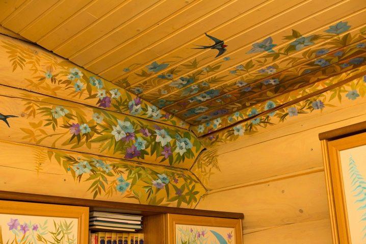 покупательницы декупаж потолка своими руками фото могут принадлежать различным